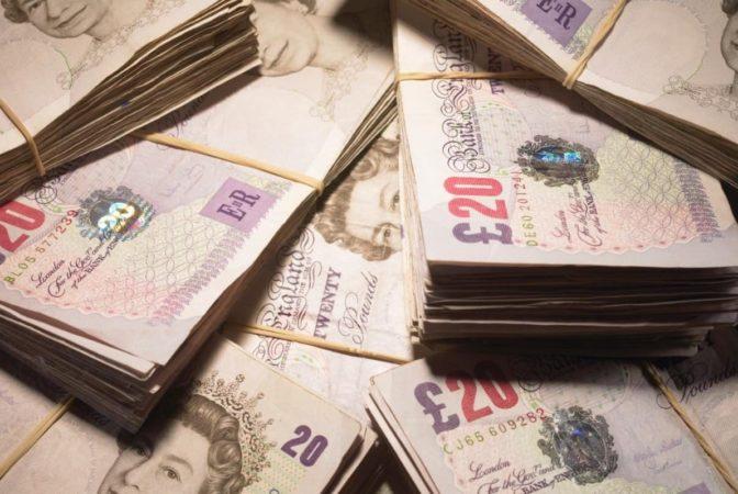 cash uk pounds